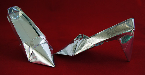 Origami High heeled shoes (Nyodo Inoue - arranged by Terumi Tatsumi)