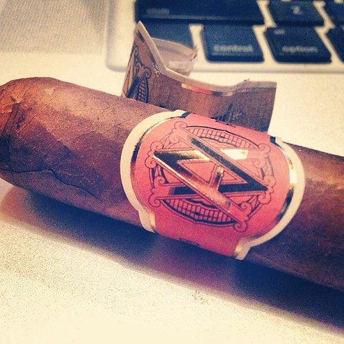 AVO night continues with a @AvoCigars XO