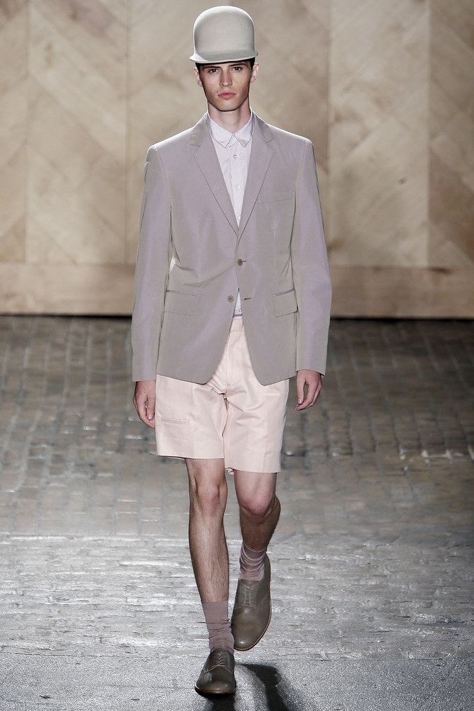 Taylor Cowan3038_SS13 NY Perry Ellis by Duckie Brown(Flashbang@TFS)