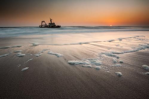 longexposure sunset sun canon shipwreck namibia atlanticocean leefilters swakopmond