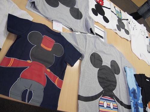 ディズニー つながる Tシャツ
