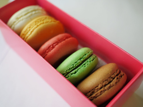 05-02 macarons