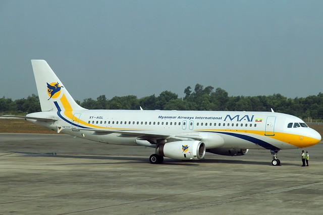 Myanmar Airways International (MAI) A320-231 XY-AGL