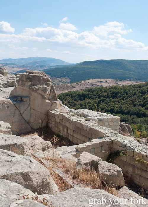 tombs of rulers ruins ancient city archaeological site perperikon perpericon bulgaria