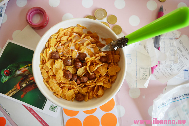 Cereal breakfast with nuts