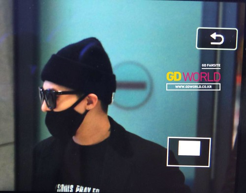 Big Bang - Incheon Airport - 10apr2015 - G-Dragon - GD World - 03