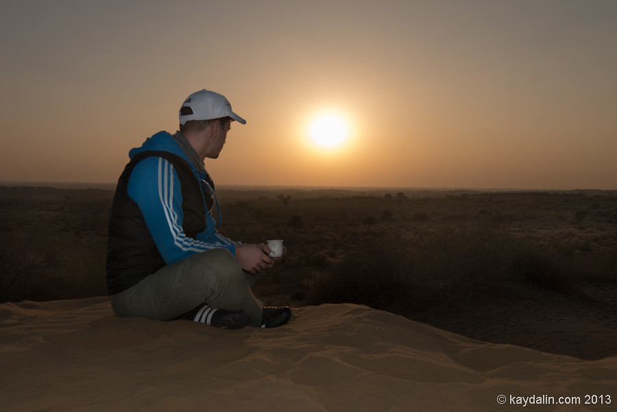 Vladimir Kaydalin in India Desert sunset