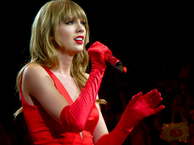 Taylor Swift Red Tour 4/10 (Color)