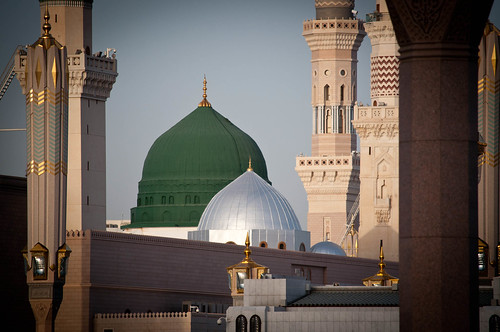 The famous green dome of the Prophet's Mosque in Madinah
