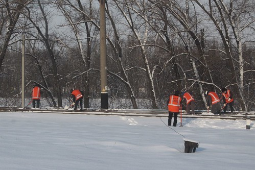 Yet another snow clearing crew at work on the Ukrainian Railways