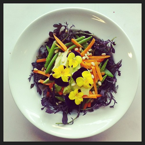Edible flowers, carrot and snap peas by Salad Pride