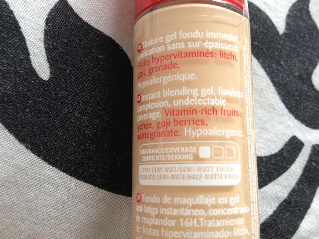 Bourjois_Healthy_Mix_Serum_Foundation_Shade_51 (6)