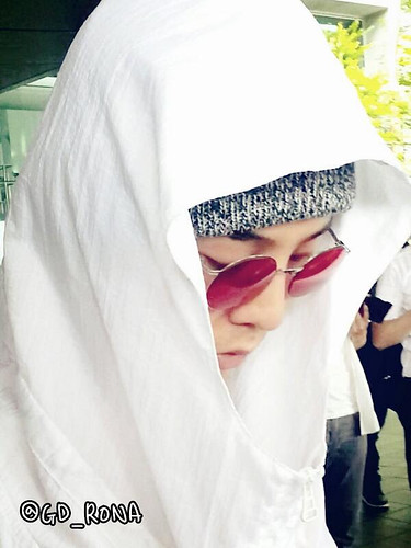 gd-arrival-incheonfromparis-20140528 (7)