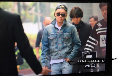 Big Bang - KBS Music Bank - 15may2015 - Seung Ri - GentleHustlin - 01