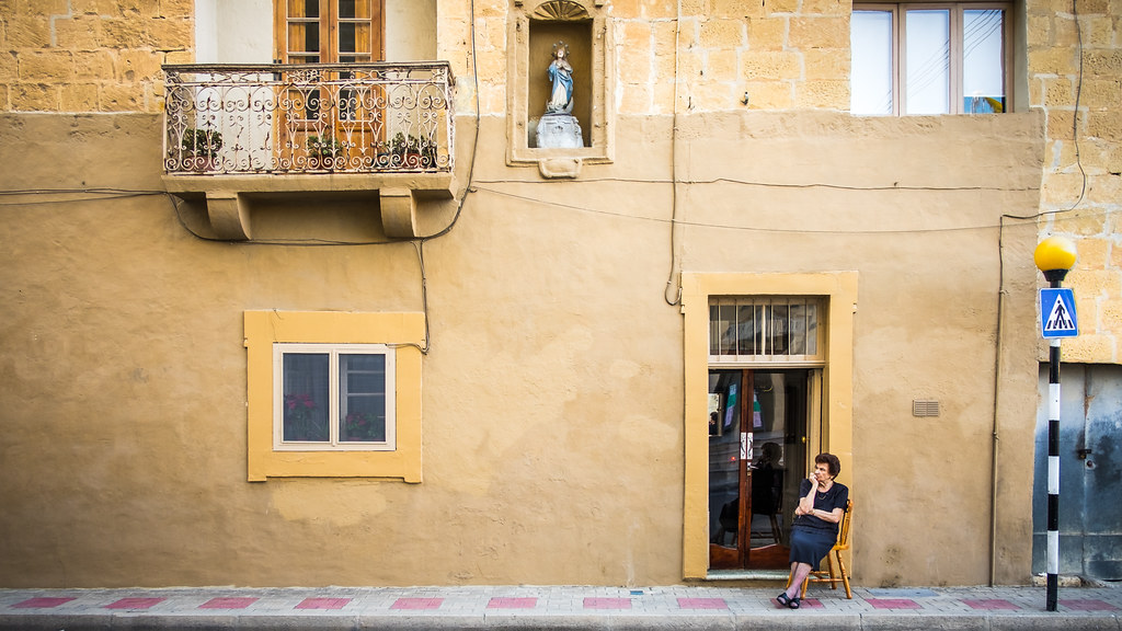 Old times - Victoria, Malta - Color street photography