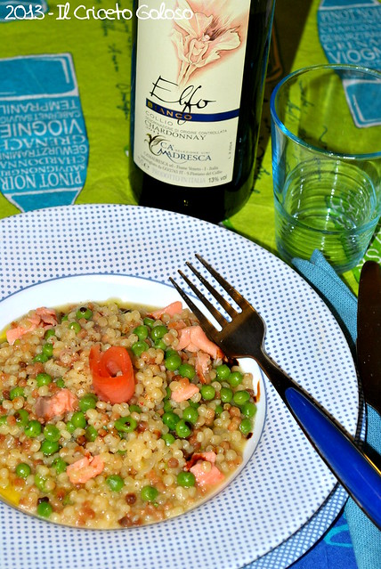 Fregola piccola risottata con cipolla, piselli e salmone (8)