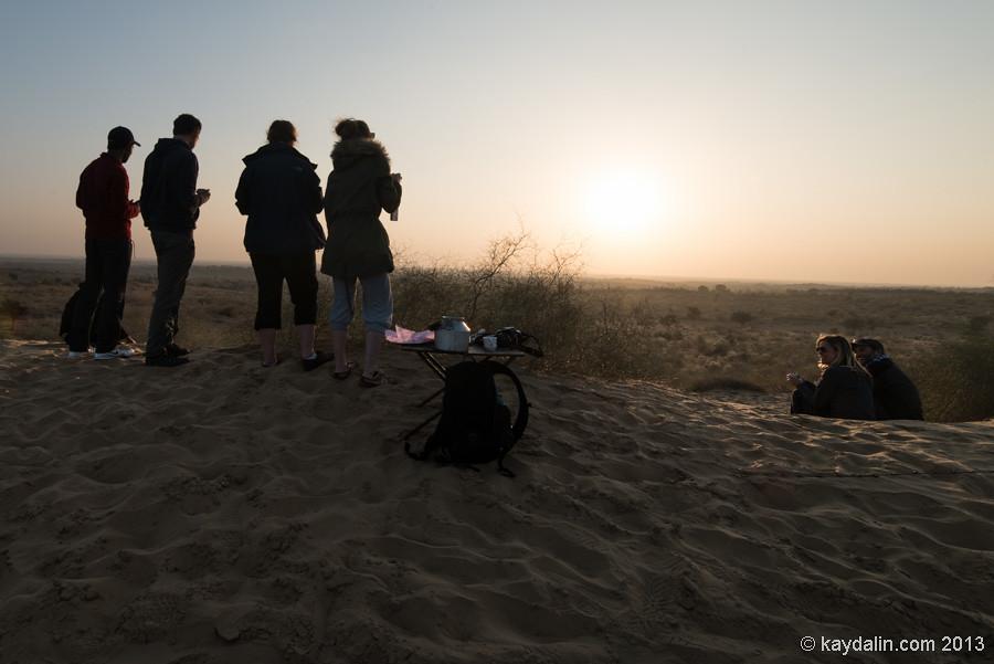закат в пустыне Индии