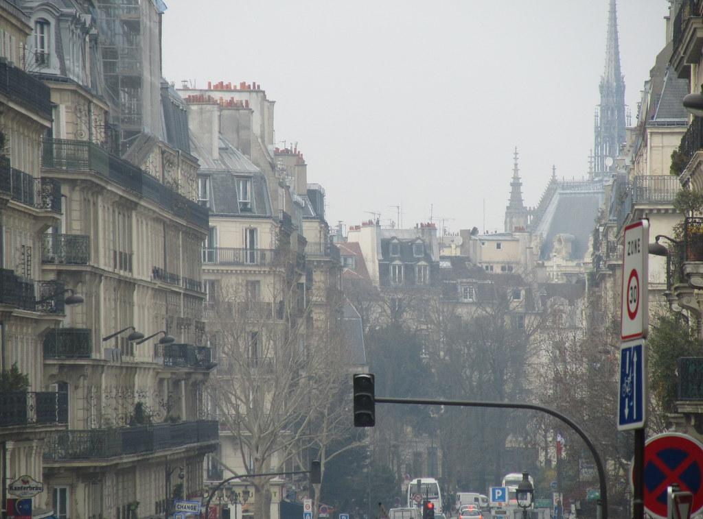 Vista del fondo de una calle de Par�s