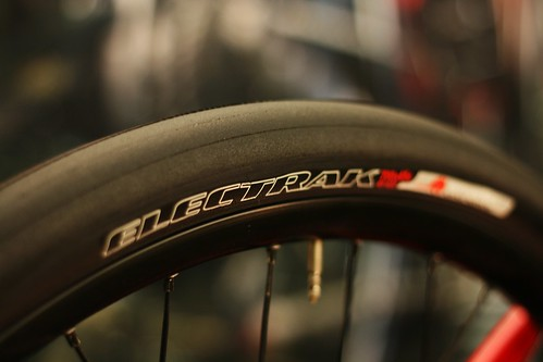700x45 tire - Specialized Electrak
