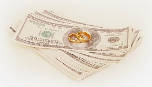 Should You Merge Your Finances After Marriage?