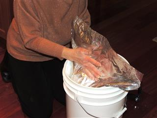 Flour in buckets with Mylar and Oxygen Absorber_4