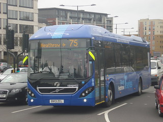 First Berkshire VSH69923 on Route 75, Slough Town Centre
