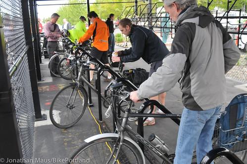 Daimler bike shelter opening-28