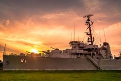 """""""War Ship ร.ล.ท่าจีน 411"""""""