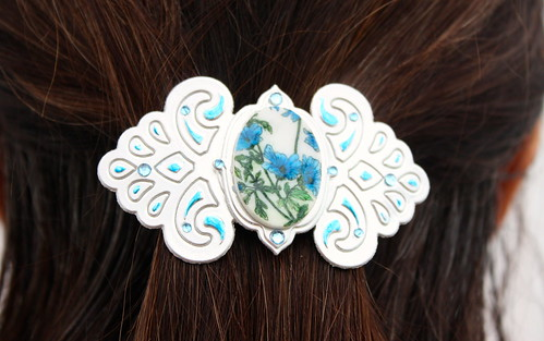 Faux Porcelain Barrette close up blue in hair