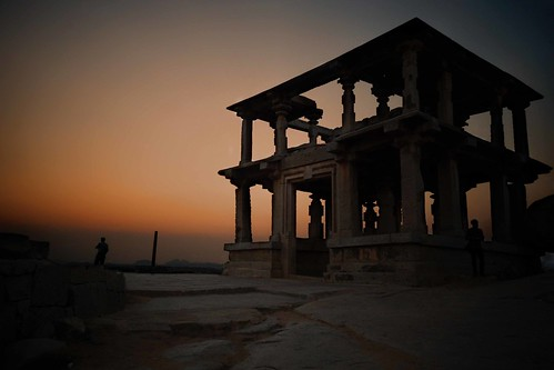 Sunset at Hemkuta Hill @ Hampi