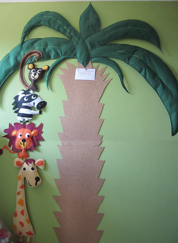Mural selva Fieltro: mono, cebra, león, jirafa y palmera - ChikiPol