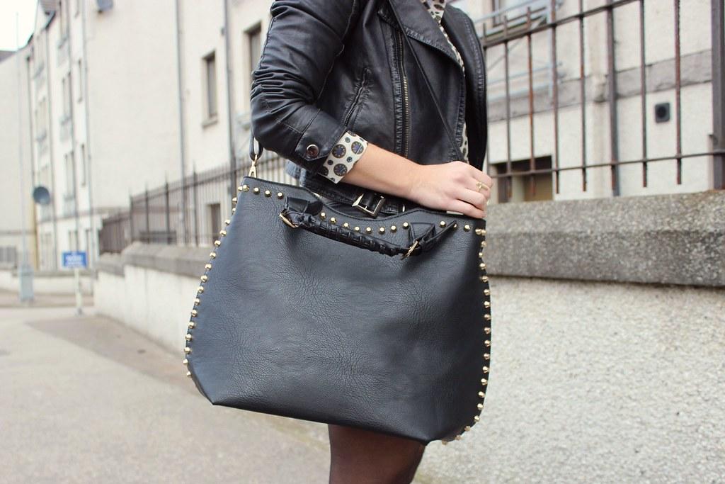 lamodastudbucketbag2