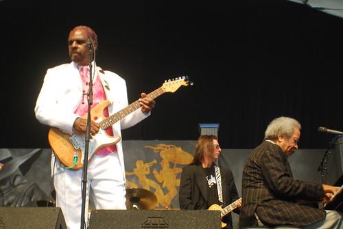 Allen Toussaint joins Guitar Slim Jr, by Hunter King