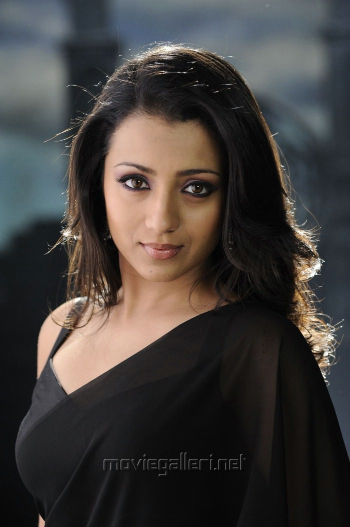 trisha krishnan official twitter