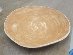 dishware(0.0), tableware(0.0), wood(1.0), plate(1.0),