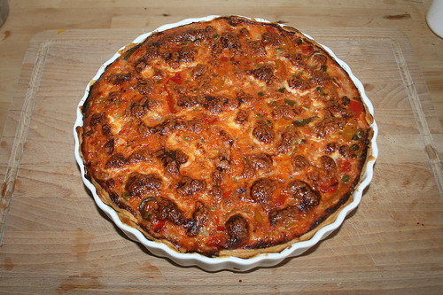 41 - Paprika-Ajvar-Quiche - Serviert - Fertig gebacken / Bell pepper ajvar tarte - finished