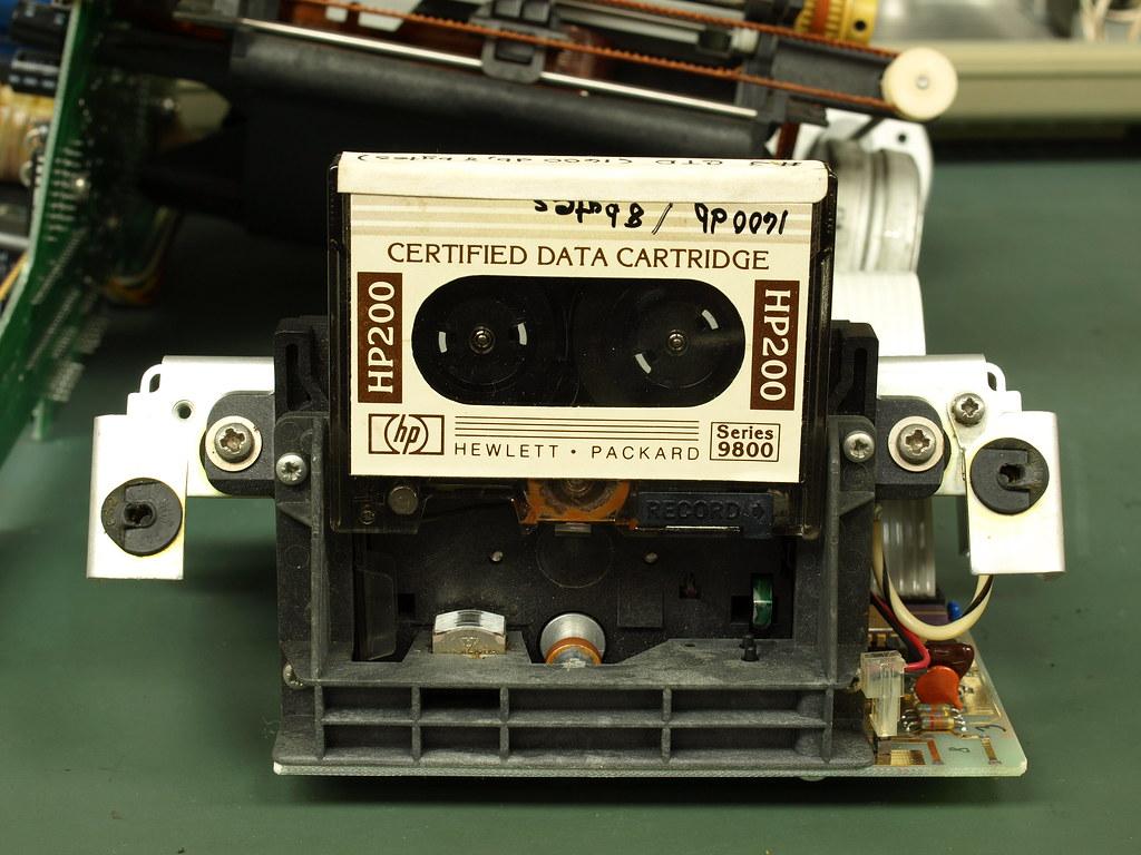 HP85コンピューターの分解
