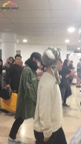 Big Bang - Melbourne Airport - 20oct2015 - seungrifamily - 02