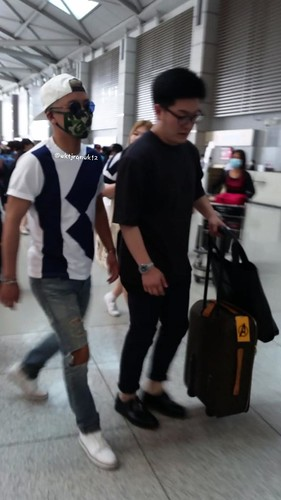 Big Bang - Incheon Airport - 19jun2015 - wktjrqnwk12 - 02