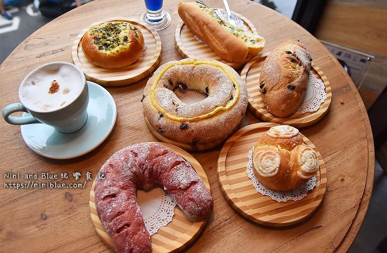 歐客佬咖啡麵包甜點太原路35