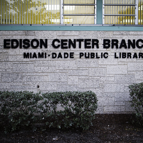 PATH in Miami Public Libary Workshop, Sign