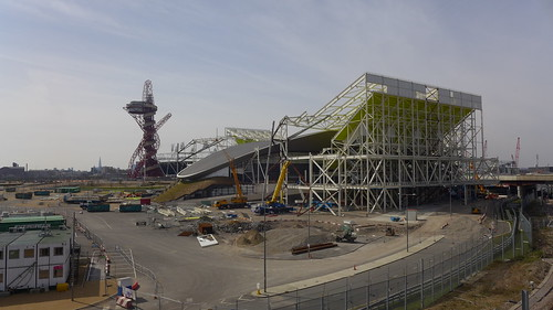 London Olympics 2013 (Queen Elizabeth Olympic Park); Dismantling the Aquatics Centre seating and the Water Polo pool