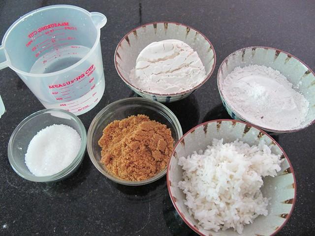 Rice Flour Cake Recipes Uk: Nasi Lemak Lover: Steamed Rice Sponge Cake (Apam Tepung