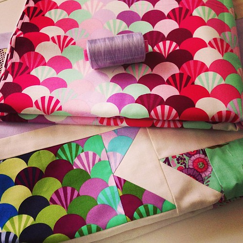 finally ready to #quilt my @tulapink Rubans Pour Les Cheveux quilt designed by @j_q_adams #quiltdad