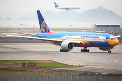 Continental Airlines B777-224ER Peter Max (N77014)