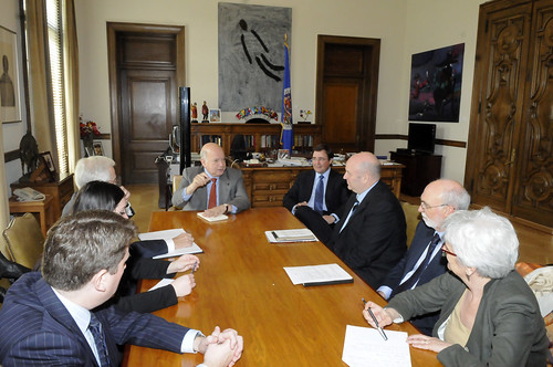 Secretario General de la OEA se reunió con delegación del parlamento de Canadá