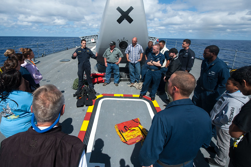 Click here to see more photos of USS Mobile Bay (CG 53)