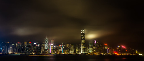 Night Skyline by Zanthia