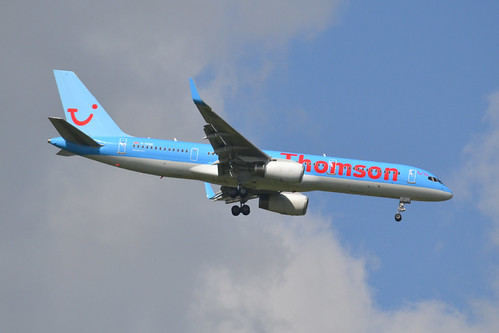 G-OOBC B757 Thomson