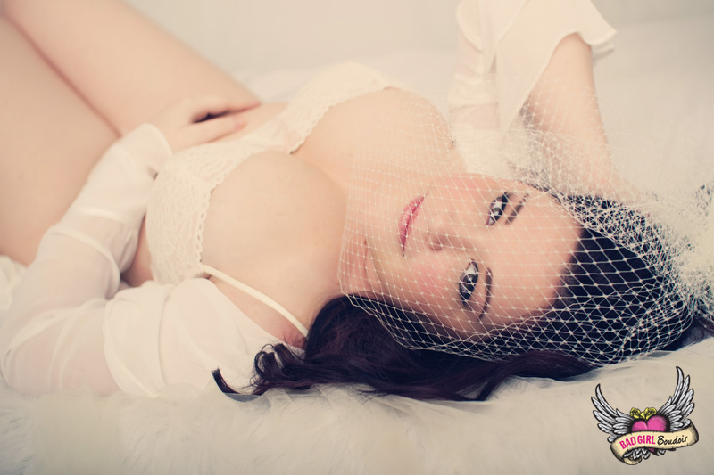 Sexy Full-Figured Boudoir Photography